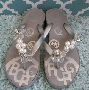 BCBG Max Azria ladies size 11 beaded flip flops